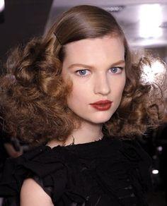 Curly Hair 1940s style at Bottega Veneta (Hair Stylist: Guido Paulo)