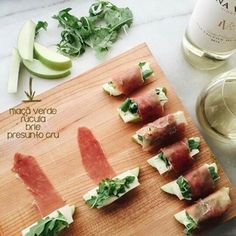 these prosciutto-wrapped apple bites are so easy to make. wrap a slice of prosciutto around an apple wedge, brie, and arugula to secure everything in place. be sure to pour yourself a glass of sauvignon blanc. appetizers with wine Edna Valley Vineyard Appetizers For Party, Appetizer Recipes, French Appetizers, Raclette Recipes, Canapes Recipes, Spanish Appetizers, Skewer Appetizers, Tapas Party, Sushi Party