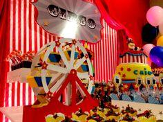 Circus party - ferris wheel