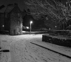 Edinburgh Winter - Belinda Roberts. Vote for your favourite photo on our Facebook Page.