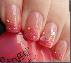 Valentine's Day Nail Art Designs to Fall in Love with! Sparkly Valentine's Day Gradient NailsSparkly Valentine's Day Gradient Nails Frensh Nails, Nails Polish, Gradient Nails, Ombre Nail, Pink Nails, Nails 2016, Nail Nail, Stiletto Nails, Acrylic Nails
