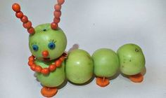 Осінні вироби з овочів і фруктів Fruit Animals, Food Sculpture, Vegetable Carving, Baby Shower Balloons, Paper Quilling, Decoration, Baby Food Recipes, Food Art, Kids Meals