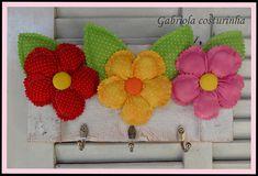 ## Porta Colares ## | Estão lá na lojinha da Dalva!! | Rosemeire Soares munhoz da Rocha | Flickr