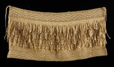Rāpaki – Te raranga me te whatu – Te Ara Encyclopedia of New Zealand Flax Weaving, Weaving Art, Weaving Patterns, Basket Weaving, Maori Patterns, Cultural Crafts, Maori Designs, Nz Art, Maori Art