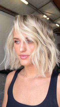 Thin Blonde Hair, Silver Blonde Hair, Icy Blonde, Blonde Hair With Highlights, Gray Hair, Funky Blonde Hair, Bleached Blonde Hair, Bleach Blonde Bob, White Blonde Bob