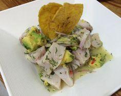 Antes de realizar este delicioso ceviche de pescado, el primer paso es alistar todos los ingredientes. Cortar el filete de tilapia en cubos pequeños, agregar a un...