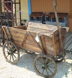 German Goat wagon, beautiful, would love to have in the front yard for flowers!features for decrepit garden Lawn Furniture, Antique Furniture, Country Decor, Rustic Decor, Wooden Wagon, Old Wagons, Farm Tools, Old Farm Equipment, Garden Architecture