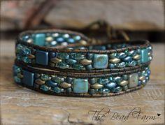 Wrap Bracelet- Combination Superduo and Tile Bracelet Jewelry Patterns, Bracelet Patterns, Jewelry Ideas, Beaded Cuff Bracelet, Beaded Jewelry, Leather Jewelry, Leather Bracelets, Beaded Leather Wraps, Stackable Bracelets