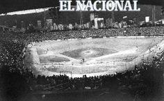 Estadio Universitario. Temporada 1993-1994. Caracas, 02-01-1994 (IVAN APONTE / ARCHIVO EL NACIONAL)