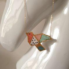"Image of Diagramme ""Origami Bird"" en brick stitch"