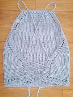 Knit Festival Top Pattern - Free knitting pattern by Knitspo Free pattern for a Knit Festival Top. Simple step-by-step instructions with pictures, perfect for beginner and intermediate knitters. Knitting Patterns Free, Knit Patterns, Free Knitting, Free Pattern, Sock Knitting, Knitting Tutorials, Pattern Sewing, Knitting Machine, Vintage Knitting