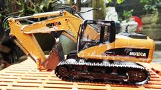 Excavator For Kids | Car Wash Videos | Videos For Children | Bored Panda