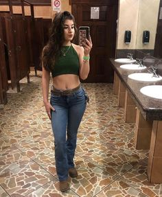 Greta outfit for but perhaps the ladies room is not the best place to show it off. Summer Cowgirl Outfits, Country Style Outfits, Rodeo Outfits, Cowboy Outfits, Western Outfits, Dance Outfits, Summer Outfits, Cute Outfits, Fiesta Outfit