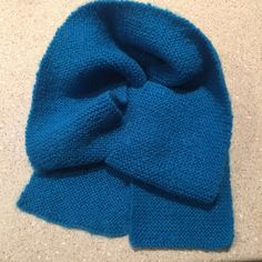 MadeByLoz  #itsallknitted Scarf For Sale! Colour is Blue, Length 140cm x Width 14cm, Price is $30.00, postage is extra.  But it now! - Simply type 'SOLD' below in comments & we go from there! 9⃣1⃣