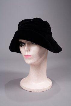 772  MARILYN MONROE BLACK VELVET HAT on LiveAuctioneers 131754fcab1