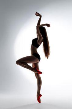 Olga Kalinina, Bolshoi Ballet http://theworlddances.com/ #ballet #dance