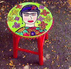 Banqueta Frida Florida www.juamora.com ateliejuamora@gmail.com #banqueta #stool #juamora #frida #fridakahlo