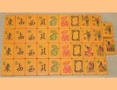 Ten Flowers Catalin Mah Jong Set: Winds, Dragons, 10 Flowers/People