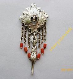 Polish Folk Art, Folk Clothing, My Roots, Folk Fashion, Historical Images, Art And Architecture, Silver Jewelry, Jewelry Design, Jewels