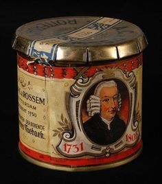 Tabaksblik van Van Rossem, productnaam Founder Art Deco Dressing Table, Wooden Smoking Pipes, Old Things, Things To Come, Vending Machines, Tin Containers, Tin Cans, Vintage Tins, Coffee Cans
