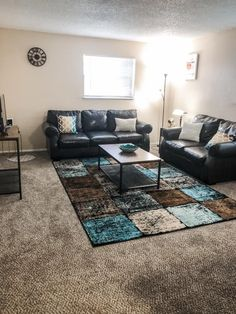 Clear View Apartments in Kansas City, MO - Living Room