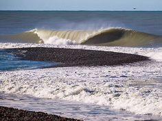 Stunning surf. Surfing is life