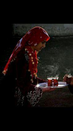 #çay #güzeldir..sevda #ateşiyle demlenmişse,#çay güzeldir..hele #yârin eli değmişse..#o #çay #çok #güzeldir....
