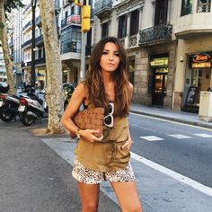 Yesterday wearing this new awesome @buylevard top + new hair by @newlookbarcelona and @greatlengthsesp #lovelypepa #style #newlook