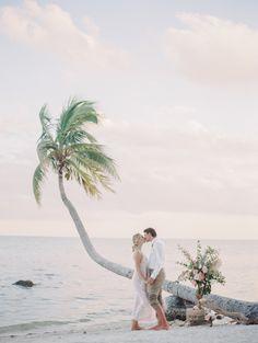 Intimate island elopement inspiration: http://www.stylemepretty.com/florida-weddings/florida-keys/islamorada/2015/08/17/intimate-island-elopement-inspiration/ | Photography: http://melaniegabrielle.com/