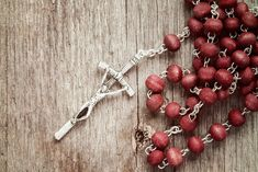 In popular practice, October traditionally has been devoted to the rosary. Here are some ways to practice that devotion with your family this month. Praying The Rosary, Holy Rosary, Battle Of Lepanto, Matthew 24 36, Queen Of Heaven, Catholic Kids, Jesus Lives, Follow Jesus, Pray For Us