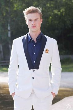Crisp white suit. Tailor made, Scandinavian inspired. Like what you see? Check this fabulous suit out and many others.Norwegian Couture, Men´s Scandinavian Fashion. #menstyle #mensfashion #suitup #blazer #couture #Oslo