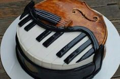 OMG totally awesome piano/violin cake i toats want this fir my nqext birthday! Music Themed Cakes, Music Cakes, Dance Cakes, Pretty Cakes, Beautiful Cakes, Amazing Cakes, Violin Cake, Piano Cakes, Cute Snacks
