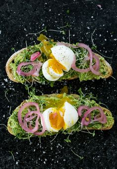 "thefreshexchangeblog: ""The Ultimate Spring Avocado Toast http://bit.ly/2pokB3q """