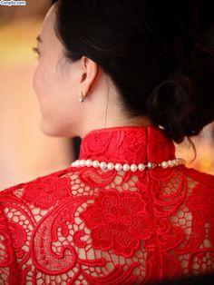 heavy #lace on an #aodai
