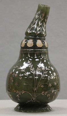 "Bottle in the shape of a gourd, 18th–19th century. Mughal period (1526–1858). India. The Metropolitan Museum of Art, New York. Gift of Heber R. Bishop, 1902 (02.18.779) | This work is exhibited in the ""A Passion for Jade: The Heber Bishop Collection"" exhibition, on view through June 19, 2016. #AsianArt100"