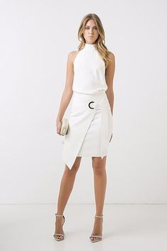 BUSCA - SAIAS | ANIMALE Everyday Outfits, New Outfits, White Skirts, White Dress, Cosmo Girl, Chic Fashionista, Office Looks, Work Looks, Couture