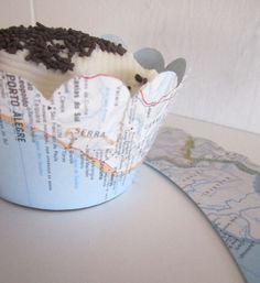 Map Baby Shower, Map Cupcake Wraps, Cupcake Wrappers, Vintage Themed Wedding, Travel Theme, Destination Wedding, Map Decor by MagpieandMax on Etsy https://www.etsy.com/listing/186468490/map-baby-shower-map-cupcake-wraps
