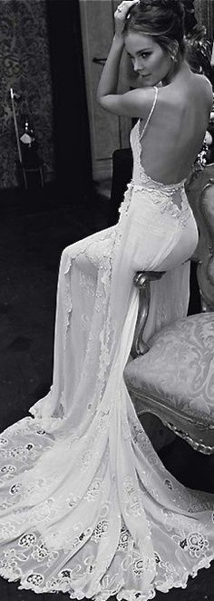 vintage wedding dresses - this is something I see myself getting married in