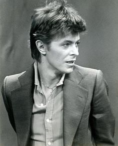 """David during a promotional tour for """"Heroes"""". October 14 1977, Amsterdam."""