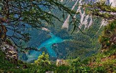 Green Lake, Austria / http://www.rostyleandlife.com/ro/pl/home/63-lifestyle-pl/podroze-pl/1939-green-lake
