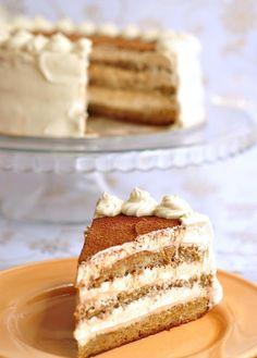 Tiramisu Cake Bake Happy: Re-cake: Tiramisu Cupcake Tiramisu Recipe, Tiramisu Cake, Vegan Tiramisu, Just Desserts, Delicious Desserts, Yummy Food, Cheesecake Desserts, Italian Desserts, Pumpkin Cheesecake