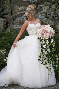 Amsale wedding #gown with custom crystal embellishments | Photography: Sweet Pea Photography | WedLuxe Magazine #luxurywedding