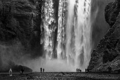 The majestic Skogafoss waterfall in Iceland where you can go as close as you want. 2013.  Canon 5D3 and Zeiss 100 f/2 Makro-Planar  #fegarigram  #instagram #beautiful  #picoftheday #photooftheday #amazingphoto  #nature  #canon  #nakedplanet  #naturelover_gr  #PHOTOARENA_NATURE #photo  #thephotosociety #artofvisuals #outdoors #instanature  #photosergereview  #bbc #instagram #natgeo #natgeoyourshot #landscape  #lonelyplanet #instatravel #travel #traveling #travelgram #iceland #waterfall…