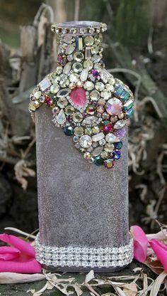 Bejewelled Rhinestones Vintage Bottle - La Petite Versailles -TREASURY ITEM