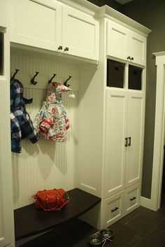 Mudroom Lockers AND cabinet/closet space