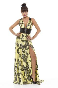 Vestido longo em seda pura com estampa de cashemire. Alças e cintura bordadas em canutilho preto. Cod. 101555   #zumzum #zumzumfesta #vestido #festa #vestidodefesta #dress #partydress