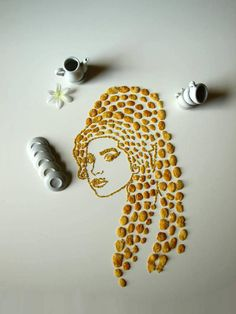 Sarah Rosado: Cornflakes Famous Musicians Portraits / Amy Winehouse
