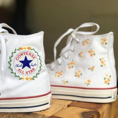 Mode Converse, Converse All Star, Converse High, Diy Converse, Converse Chuck Taylor, Custom Embroidery, Embroidery Thread, Swag Shoes, Aesthetic Shoes