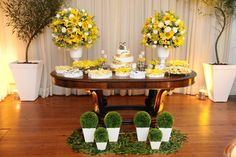 ♥♥♥  Tudo o que você precisa saber sobre um Mini Wedding {by Fernanda Gurjão Cerimonial} Definitivamente, decidir o estilo e o tipo da recepção não é uma coisafácil! No entanto, existe um modelo que chegou para ficar e que tem feito... http://www.casareumbarato.com.br/tudo-sobre-mini-wedding-by-fernanda-gurjao-cerimonial/