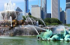 Find great family-friendly attractions in Chicago with our city guide. Chicago Movie, Chicago Map, Chicago Hotels, Chicago Travel, Chicago Restaurants, Travel Usa, Chicago Attractions, Buckingham Fountain, Grant Park